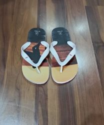Chinelo RR Army