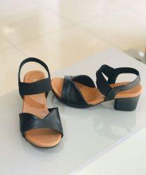 Sandália Salto Bloco Preta Usaflex